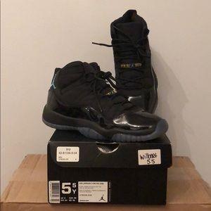 Air Jordan 11 Retro GS Gamma Blue 5.5 boys 7 women